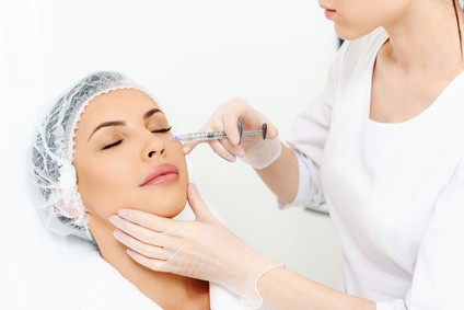 PLUS Studio Set Hyaluronic für Falten- und Lippenunterspritzung